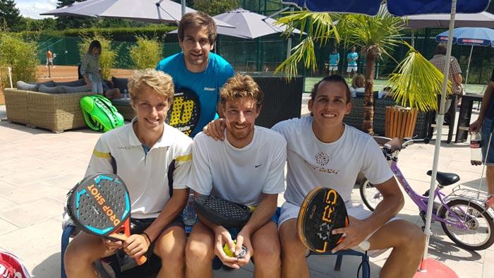 Padel Tennis Zeitvogel Mann